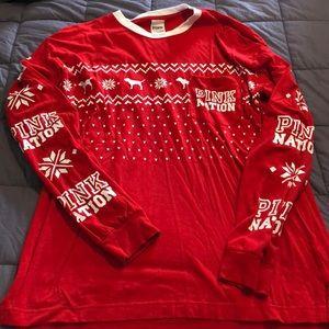 PINK Christmas shirt size S
